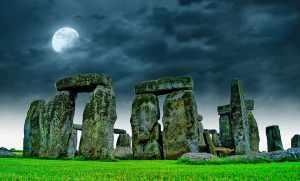 """Jaké tajemství skrývá nejznámější """"sourozenec"""" Stonehenge?"""