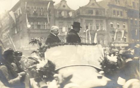 21. prosince 1918 vítá Praha svého prezidenta Tomáše Garrigua Masaryka.