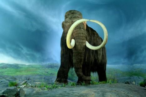 Mohly zprávy o podzemním tvoru vzniknout na základě pozorování těl pravěkých mamutů zamrzlých v hlubokém ledu?
