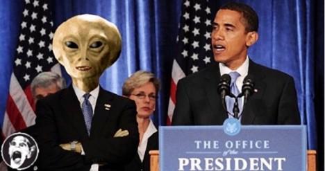 Že by se na vládě USA vedle Baracka Obamy podílely vesmírné bytosti?