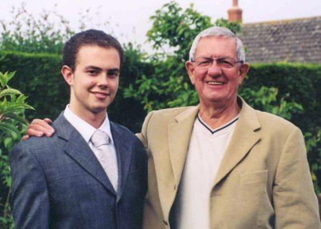 Brian Blackwell se svým otcem.