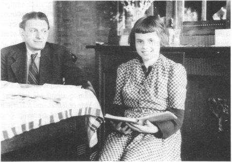 Landmesserova statečnost vychází najevo až v roce 1991, když ho na fotografii pozná dcera Irene.