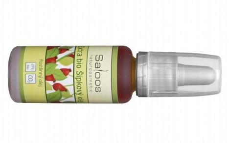 Značka Saloos vyrábí především přírodní oleje. Ten šípkový zatočí i s těmi hlubšími rýhami.