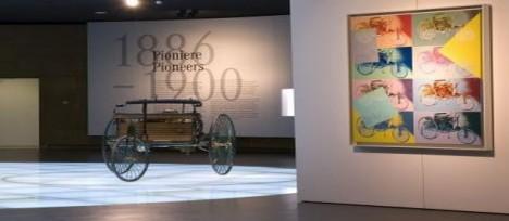 Muzeum Mercedes-Benz.