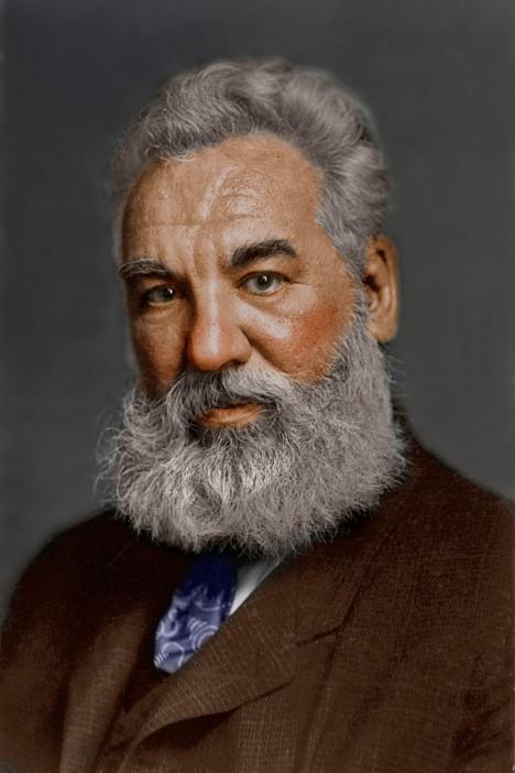 Američan Alexander Graham Bell dostane příležitost vyzkoušet na prezidentově těle nový vynález.