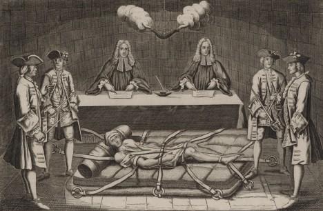 Atentátník Damiens je během své popravy vykastrován, pálen rozžhaveným železem a nakonec roztrhán koňmi.