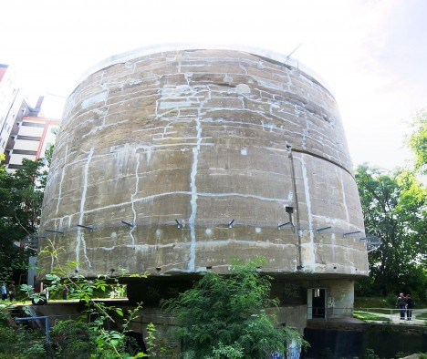 Betonový testovací válec je dnes jediným svědectvím Hitlerovy megalomanské vize nového Berlína.