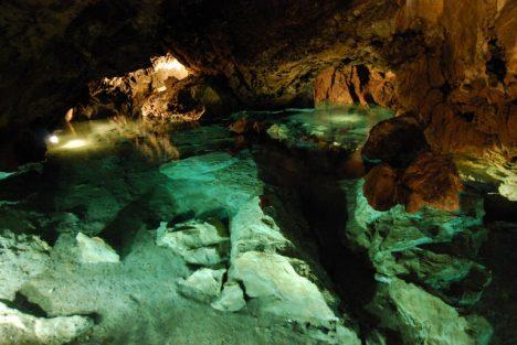 Bozkovské jeskyně