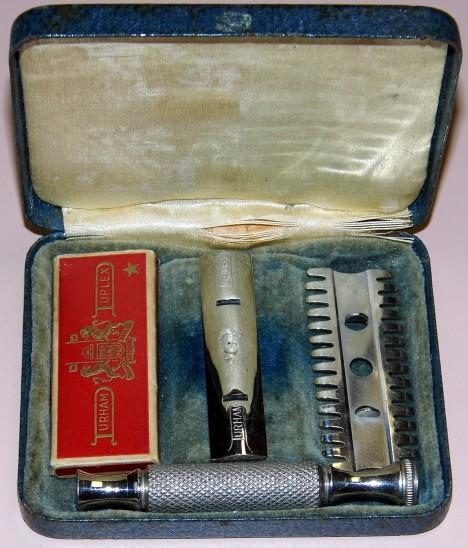 Cestovní holící souprava od firmy American Society Razor Company se stává nezbytnou součástí pánských zavazadel.