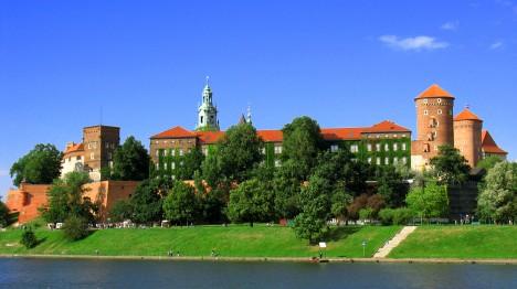 Dnešní podoba polského králvoského hradu Wawel. Na pobyt v něm si dělá zálusk i jeden z českých šlechticů.
