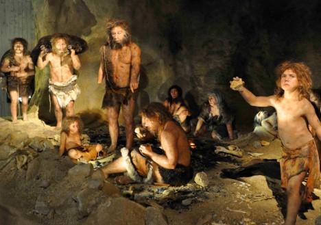 Poslední nalezené důkazy o životu neandrtálců v Evropě jsou staré 24 tisíc let. Jedna z posledních skupin se usídlila v Gorhamově jeskyni na Gibraltaru.