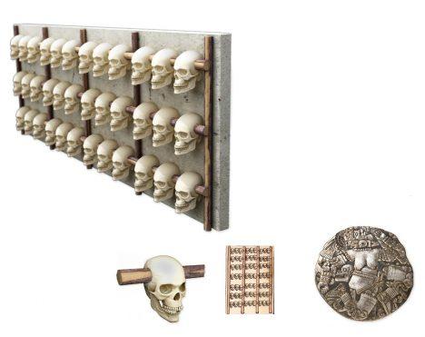 Lebky objevené v troskách aztéckého chrámu Templo Mayor měly nezvyklé výřezy na spáncích. Zřejmě byly dříve zavěšené na nějakém hrazení.