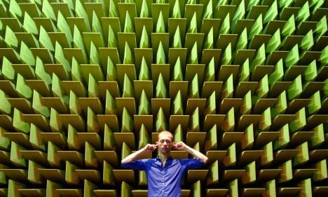 I naprostá absence zvuku však dokáže mít doslova ničivé následky. Dokazují to speciální místnosti se zdmi, které dokáží veškerý zvuk pohltit.