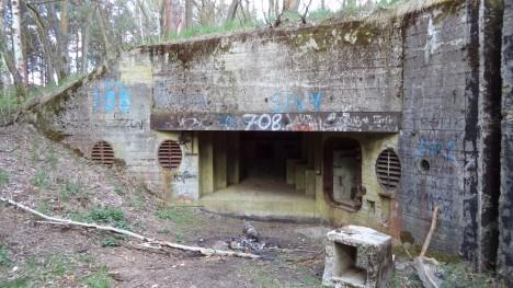 Dnes jsou na povrchu jen rozvaliny bunkrů, mnoho vstupů do podzemí ale nebylo objeveno. Ze 100 kilometrů chodeb bylo prozkoumáno jen něco přes 40.