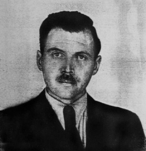 Josef Mengele v Argentině v roce 1956. Existují teorie, že se svým pokusům věnoval i tady.