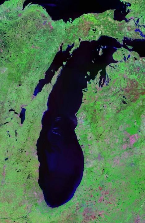 Lake_Michigan_Landsat_Satellite_Photo