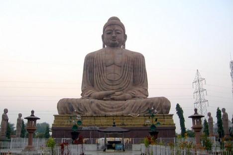 Mahávírova socha v severoindickém státě Bihar
