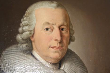 Teorii o tom, že zubní kaz vytvořil červ zavrhne až německý přírodovědec Jacob Christian Schäffer v 18. století.