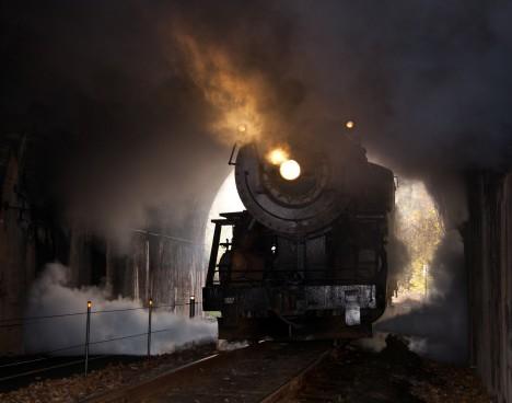 Podle dvojice nálezců má být legendární zlatý vlak zasypaný v polském železničním tunelu asi 15 kilometrů od českých hranic.