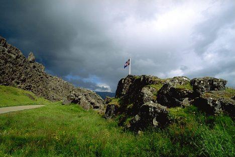 Islandský parlament kdysi zasedal v otevřené krajině.