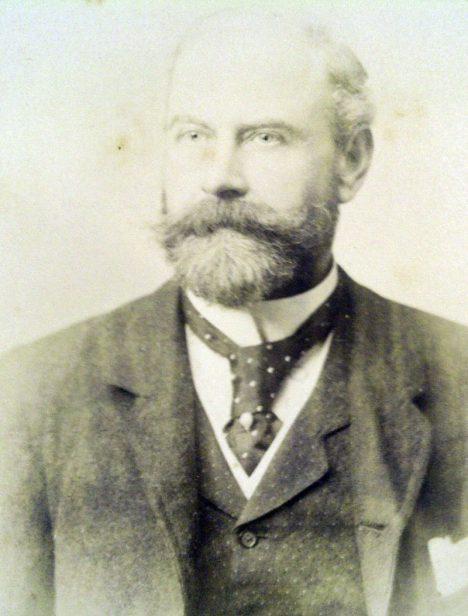 Thomas-Douglas-Murray-crop1