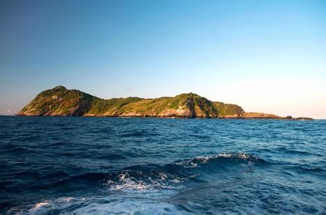 Na první pohled krásný ostrov. Ve skutečnosti extrémně nebezpečné místo.