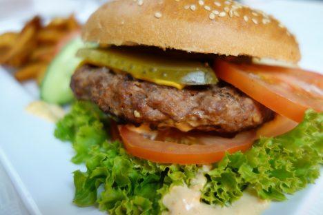 burger-760873_960_720