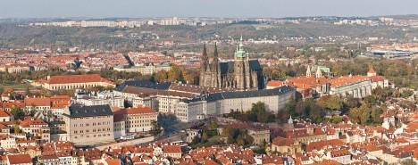 Pražský hrad, pohled z Petřínské rozhledny.