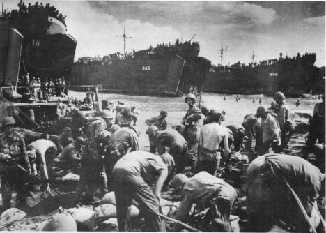 Spojenci měli na Filipínách ohromnou vojenskou sílu, vylodění podporovalo přes 200 lodí a více než tisícovka letadel.