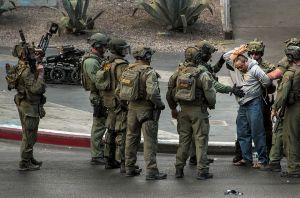 55letý Rolando Cardenas: Začal střílet do lidí v Las Vegas?