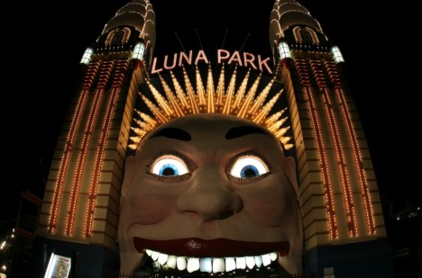 Vstup do lunaparku v Sydney