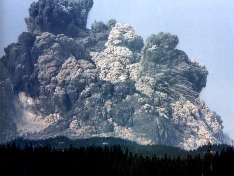 mount-st-h-natgeo-1980-may-18