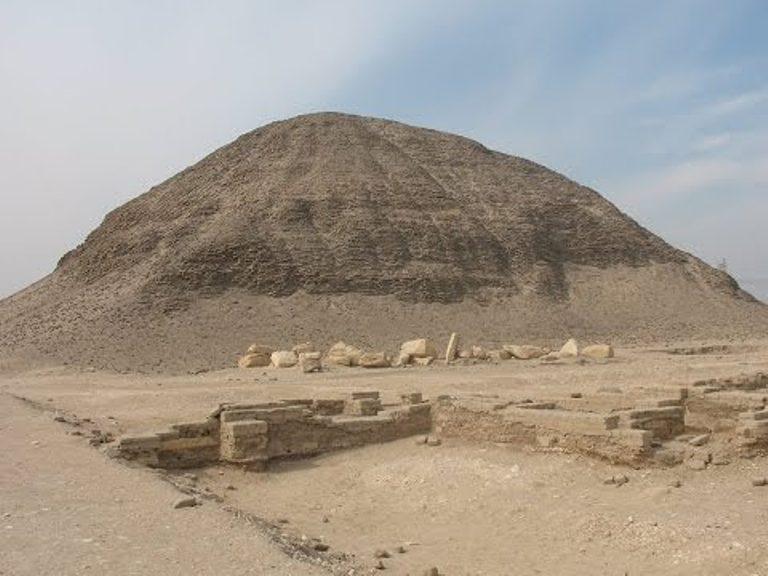 pyramida Amenemheta III