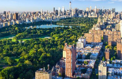 Podle průzkumu se růst New Yorku zpomaluje.