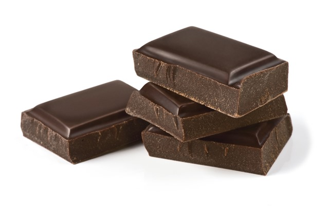 Čokoláda může léčit i kašel, protože obsahuje teobromin.