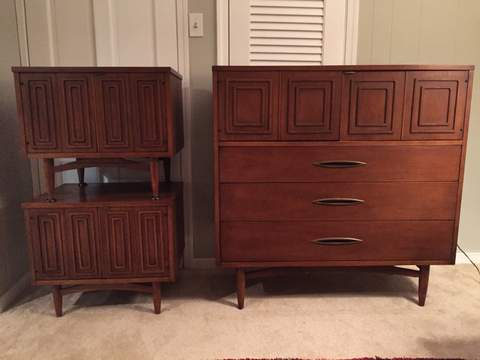 MId century modern Broyhill Sculptra Chest Nightstands