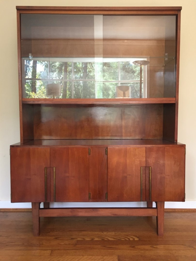 Mid Century Modern China Liquor Display Storage Cabinet