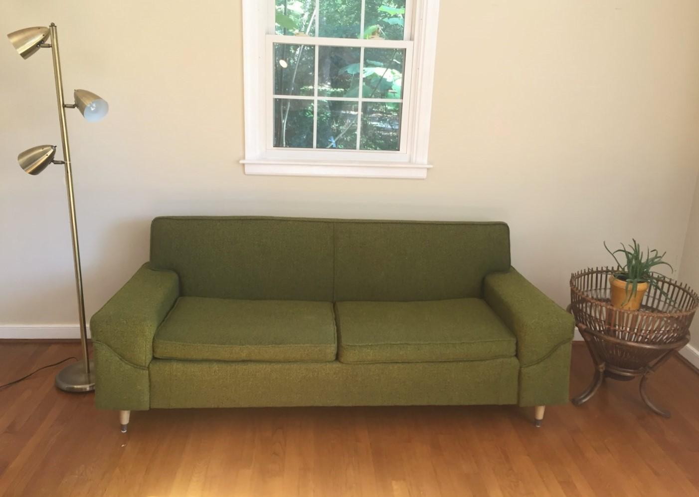 mid century modern vintage sofa by Kroehler