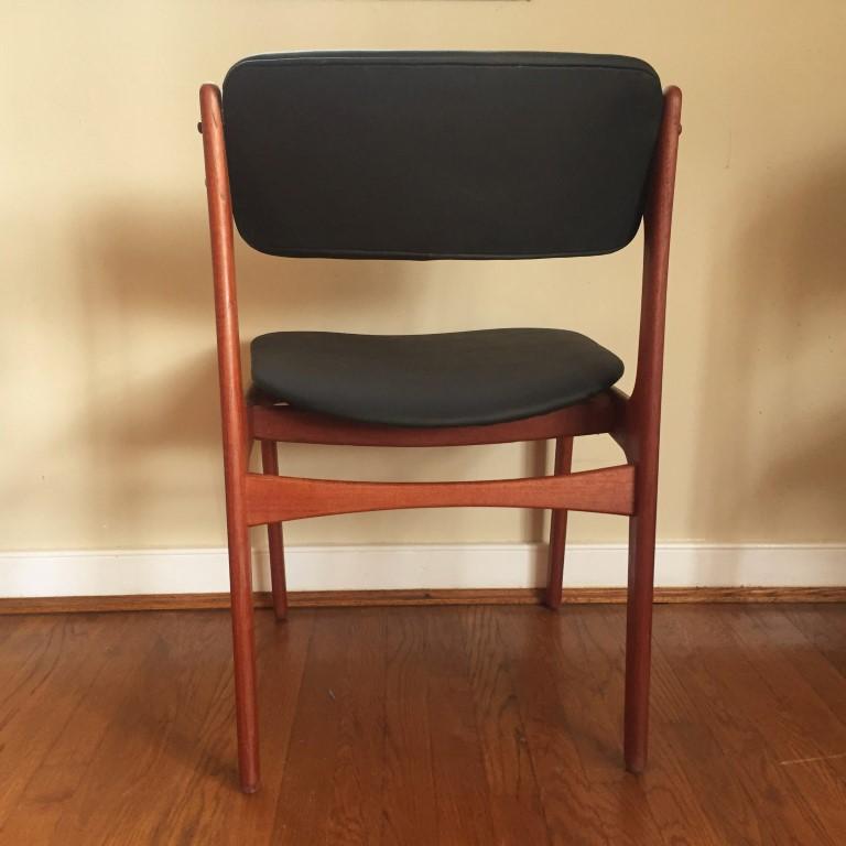 erik buck chairs kitchen island and vintage teak dining by buch, model #49 - epoch