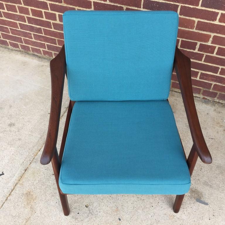 mid-century-modern-frame-arm-chair