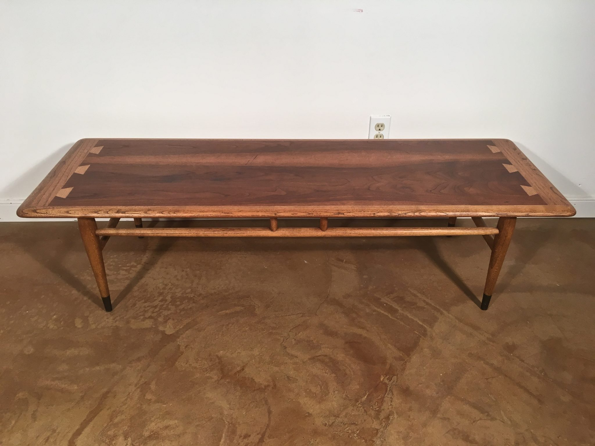 Mid Century Modern Walnut Coffee Table By Lane Acclaim C 1966