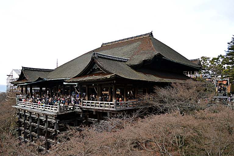 Kiyomizu Temple: Main Veranda