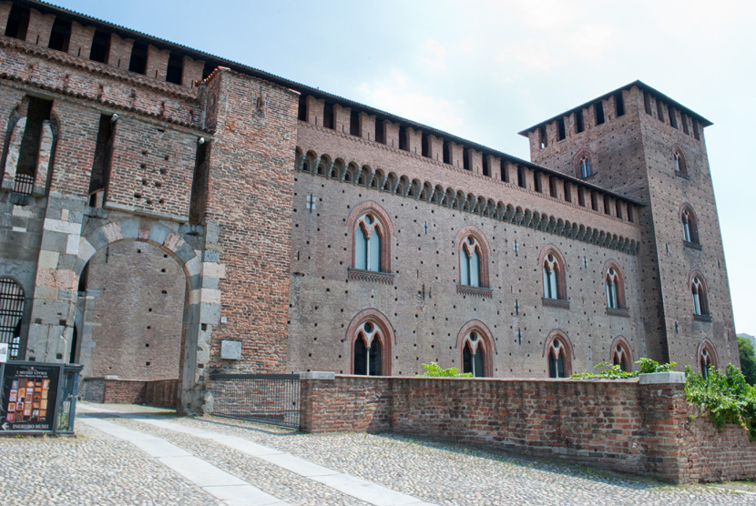 castello-visconteo-pavia