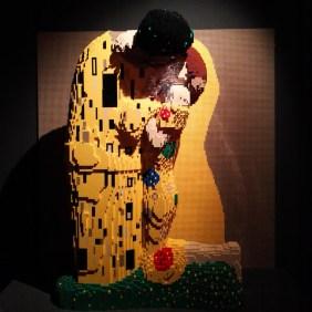 sculture-lego-klimt-the-art-of-the-brick