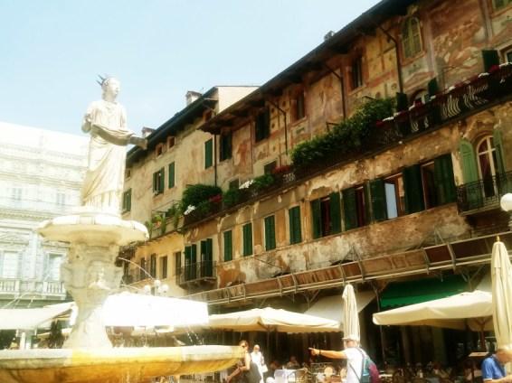 Piazza delle Erbe - Verona 2