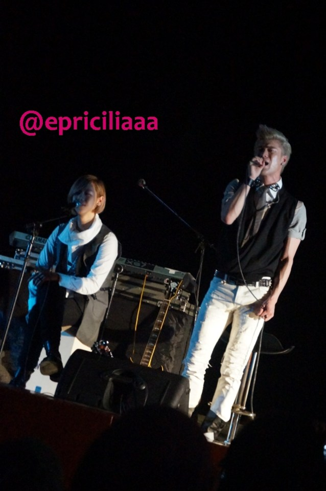 F.Y.I on stage with Lunafly, Jakarta, March 28th 2013 - California King Bed.