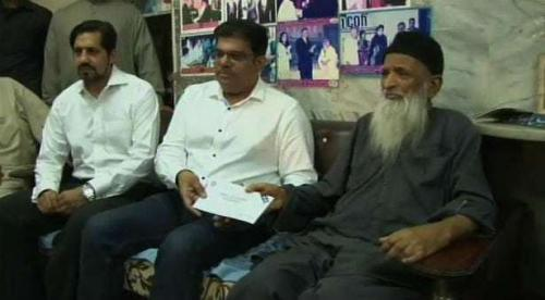 Bahria Town presents Rs 50 million cheque to Edhi