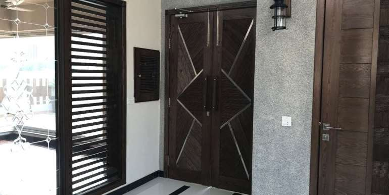 1 Kanal Home for sale in Sector F Phase 6 Lahore # 13 (16)