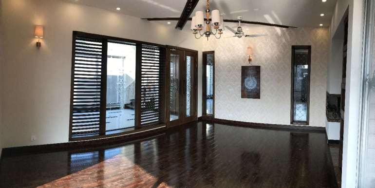 1 Kanal Home for sale in Sector F Phase 6 Lahore # 13 (18)