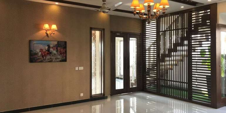 1 Kanal Home for sale in Sector F Phase 6 Lahore # 13 (26)